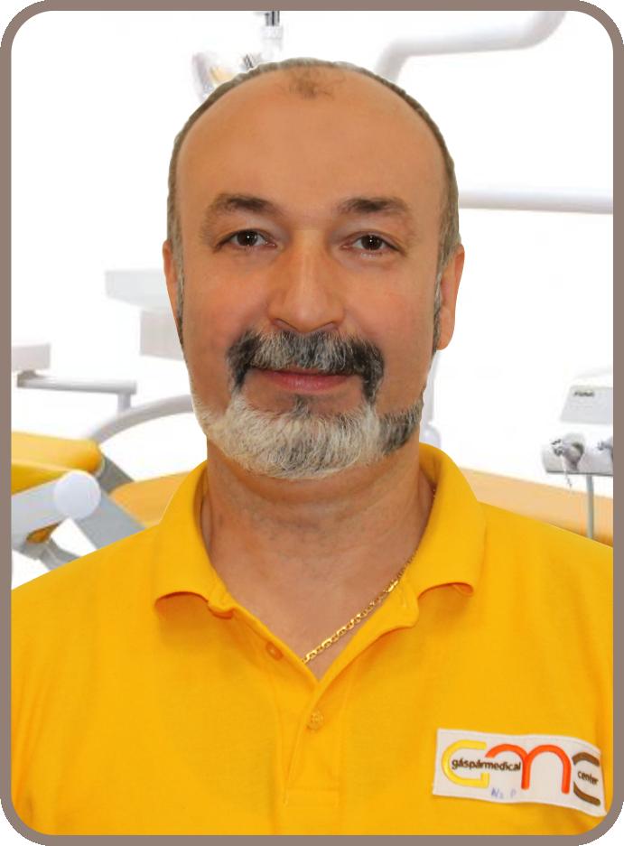 Dr. Nyorba Péter fogszakorvos Gáspár Medical Center